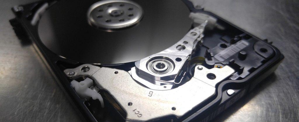 Outsourcing IT co to jest outsourcing usług informatycznych?