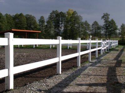Ogrodzenia farmerskie z LDPE.